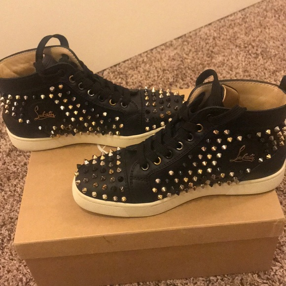 buy popular c3c4a 855ce Christian Louboutin Spiked Sneakers size 7
